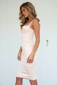 bedroom_whispers_dress_peach2m4a3215-edit_1024x1024